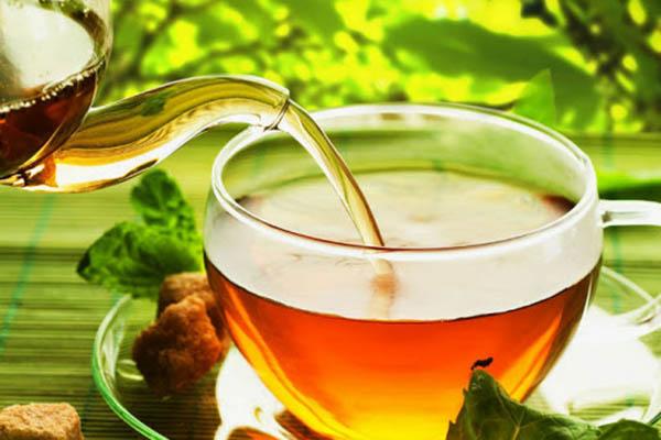 uống nước cây lược vàng chữa viêm da cơ địa